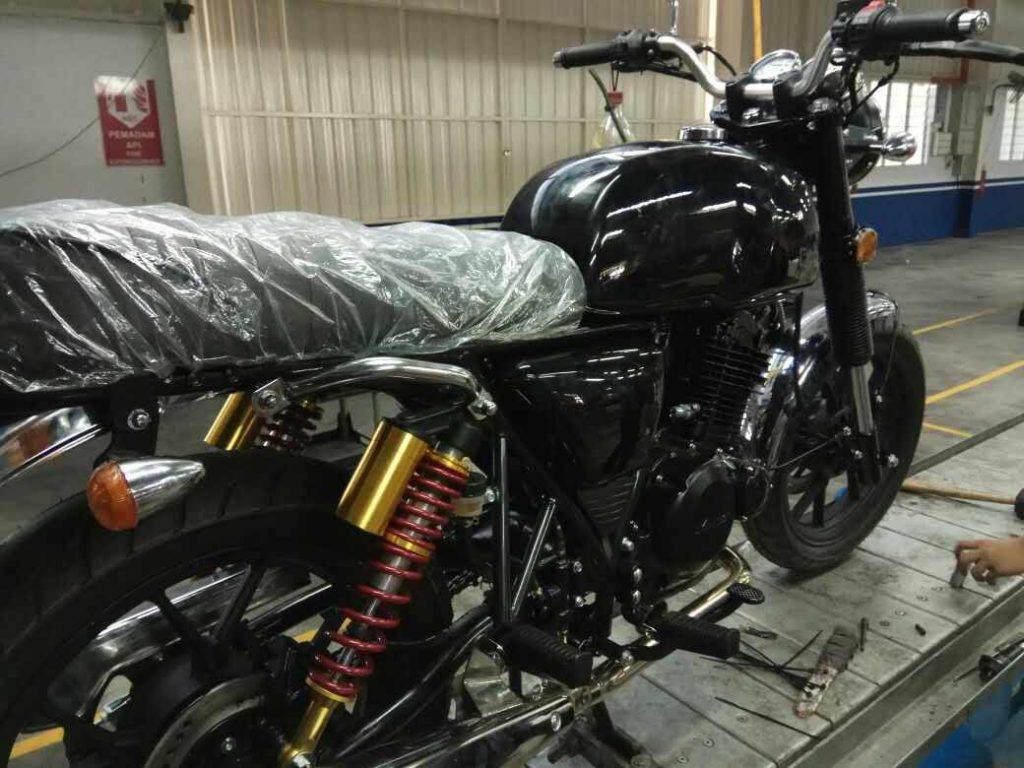 Ktns Gp250 Long Tank Motorcycle My Sneak Preview